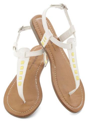 Bit of Bright Sandal