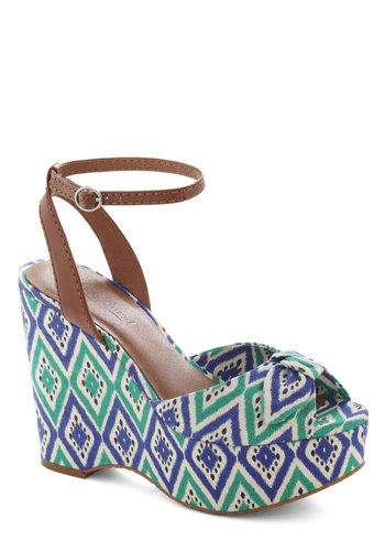 Walking on Paradise Wedge by Lucky - Print, Bows, Wedge, Peep Toe, High, Multi, Green, Blue, Daytime Party, Beach/Resort, Vintage Inspired, 60s, 70s, Summer