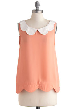 Scalloped Peaches Top