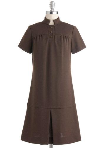 Vintage Mocha Move Dress