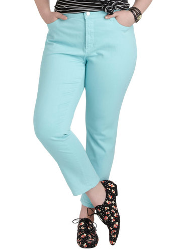 Shopping Assistant Jeans in Sky - Plus Size - Cotton, Blue, Casual, Pockets, Pastel, Denim, Variation