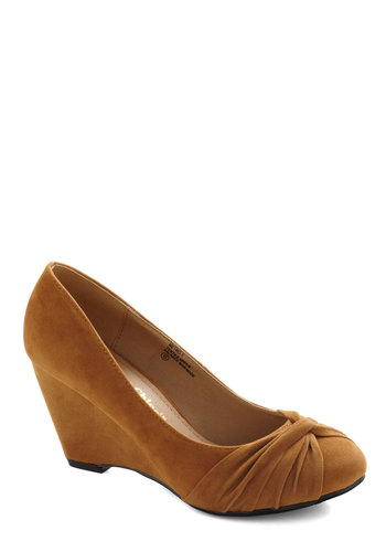 Top Knot Condition Wedge in Tan - Tan, Solid, Work, Mid, Wedge, Variation, Winter
