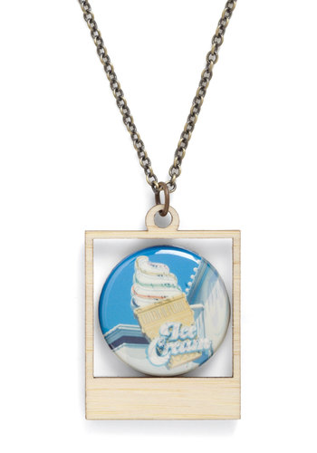 Picture Bliss Necklace in Ice Cream - Multi, Novelty Print