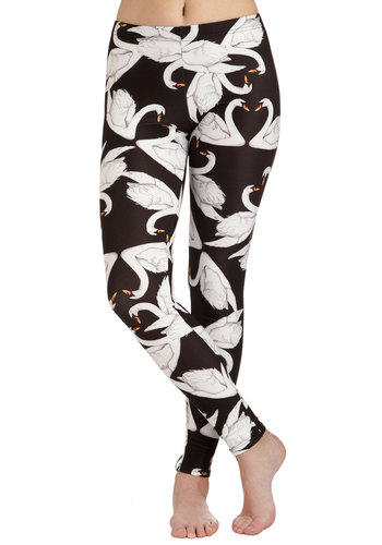 Fresh Take Leggings in Swans - Black, White, Print with Animals, Skinny, International Designer, Casual, Quirky, Travel