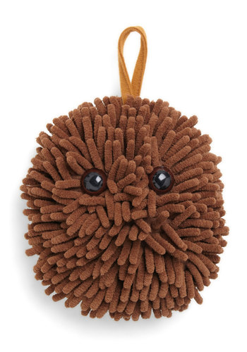 Dust Buddy by Kikkerland - Brown, Kawaii, Quirky, Eco-Friendly, Good