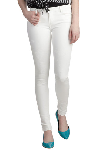 Concert on the Cove Jeans by Levi's - White, Solid, Pockets, Casual, Skinny, Denim, Cotton
