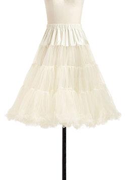 Va Va Voluminous Petticoat in Ivory