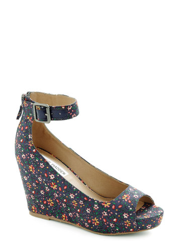 Within Season Wedge by Steve Madden - Blue, Multi, Floral, Exposed zipper, Wedge, Peep Toe, Mid, Party, Daytime Party