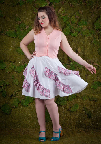 Vintage Path to the Picnic Skirt