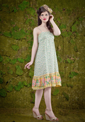 Vintage Hilltop of the World Dress