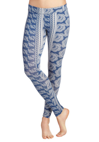 Rooted in Style Leggings by PACT - Blue, White, Paisley, Casual, Vintage Inspired, 90s, Eco-Friendly, Skinny, Travel