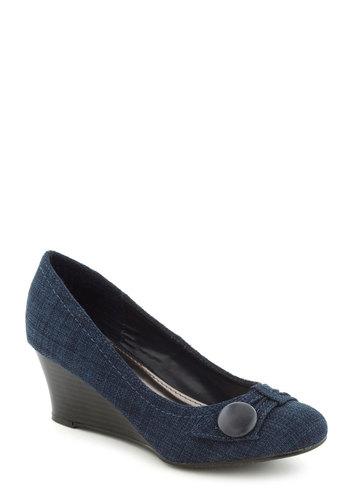 Chef de Cuisine Wedge in Blueberry - Blue, Buttons, Mid, Wedge, Work, Variation