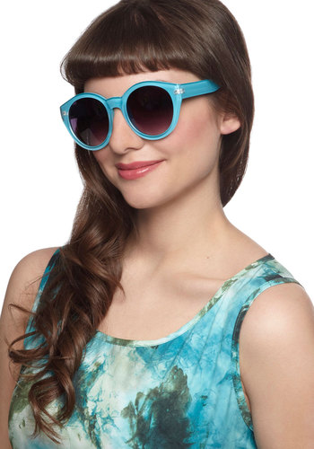 Here Comes the Fun Sunglasses in Turquoise Blue by Quay - Blue, Solid, Casual, Vintage Inspired, 70s, International Designer, Summer, Variation, Beach/Resort