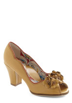 Brilliant Bouquet Heel in Mustard