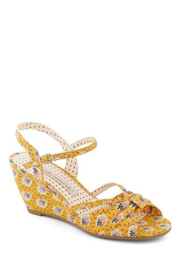 The Designer Is Inn Wedge by Bait Footwear - Yellow, Print, Wedge, Peep Toe, Mid, Floral, Summer