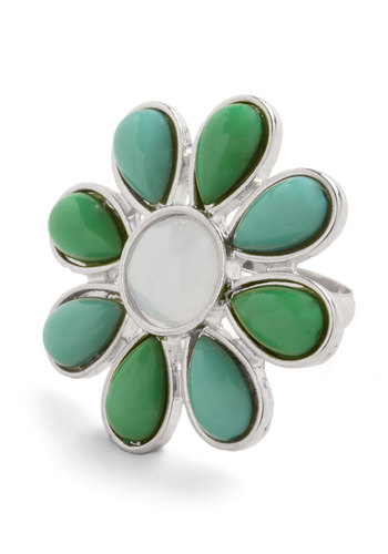 Method to Your Gladness Ring - Green, White, Gold, Solid, Flower, Summer, 60s, Silver, Gold
