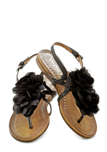 Day by Daydream Sandal in Raven - Black, Flower, Summer, Flat, Solid, Daytime Party, Variation