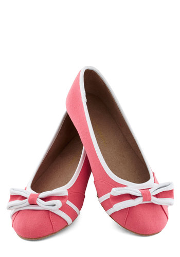 Lakeside Lunch Flat - Solid, Bows, Trim, Flat, Coral, White, Casual