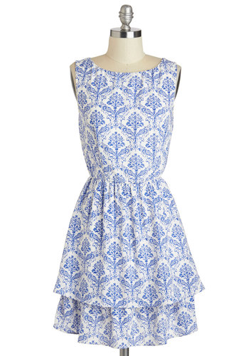 Porcelain Style Dress - Blue, Print, Tiered, A-line, Sleeveless, Scoop, Daytime Party, Spring, Short, White