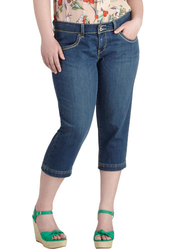 On the Styled Side Jeans in Plus Size by Levi's - Cotton, Denim, Blue, Solid, Pockets, Casual, Cropped