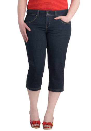 Skip Down the Shore Jeans in Plus Size by Levi's - Cotton, Denim, Blue, Solid, Pockets, Casual, Rockabilly, Pinup
