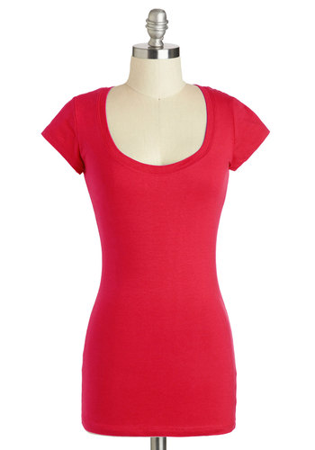 What's the Scoop Neck Tee in Red - Mid-length, Red, Solid, Casual, Minimal, Short Sleeves, Travel, Red, Short Sleeve