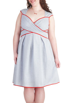 Side Bay Side Dress in Buoy - Plus Size