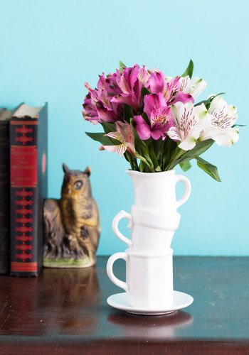 Beautiful Balance Vase - White, Quirky, Minimal, Good