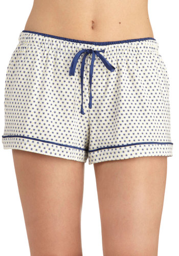 Snowflake Tahoe Sleep Shorts by Kensie - Cream, Blue, Trim, Print, Pockets, Travel