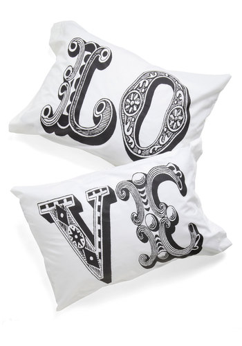 Five Amour Minutes Pillowcase Set - White, Black, Novelty Print, Wedding, Cotton, Good, Valentine's