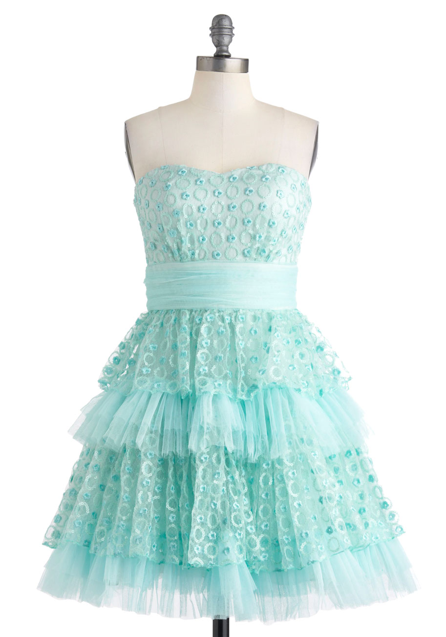 Free shipping and returns on dresses for women at rusticzcountrysstylexhomedecor.tk Browse bridesmaids, cocktail & party, maxi, vacation, wedding guest and more in the latest colors and prints. Shop by length, style, color and more from brands like Eliza J, Topshop, Leith, Gal Meets Glam, & Free People.