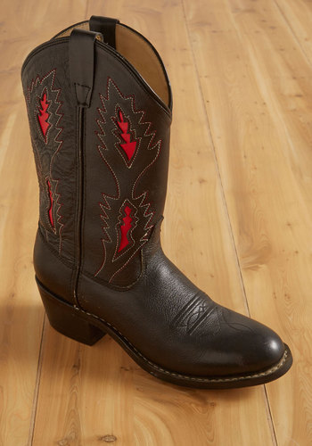 Vintage Campfire Stories Boots