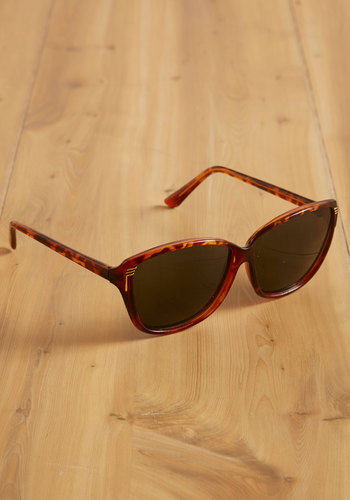 Vintage Center Stage Debut Sunglasses