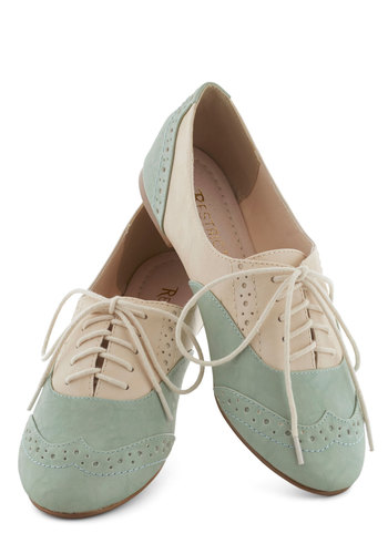 Candy Shop Quartet Shoe by Restricted - Mint, Solid, Cutout, Menswear Inspired, Flat, Faux Leather, Tan / Cream, Casual, Daytime Party, Vintage Inspired, Spring, Lace Up