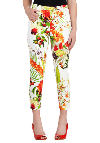 The Nectar Step Pants - Print, Casual, Long, Multi, White, Floral, Pockets, Daytime Party, Beach/Resort, Vintage Inspired, Fruits, Cropped, Summer, Cotton