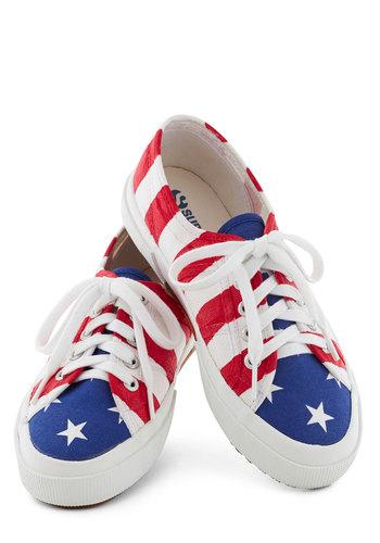Grand Bold Flag Sneaker