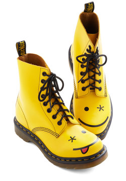 What Shoe Lookin At? Boot