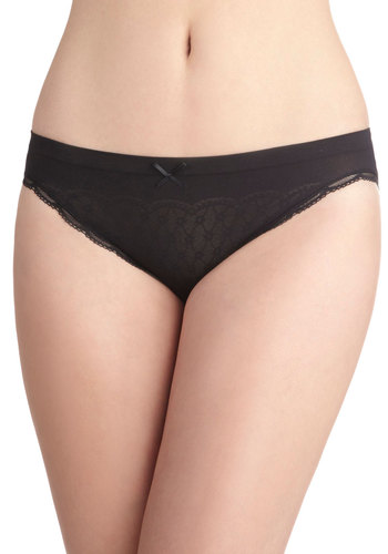 Weekday Delightful Undies in Raven - Black, Solid, Bows, Lace, Trim, Seamless, Variation