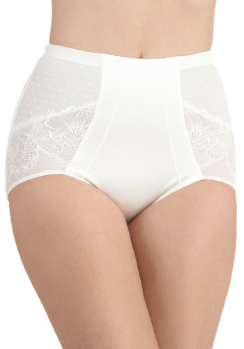 Smooth Dance Moves Contouring Undies in Ivory by Scandale - White, Solid, Lace, Sheer, Wedding, Bride, Pinup, Vintage Inspired, 40s, 50s, Variation, International Designer