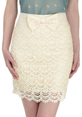 Girl In Charge Skirt - Short, Cream, Solid, Bows, Crochet, Scallops, Party, Daytime Party, Vintage Inspired, Pencil, Spring