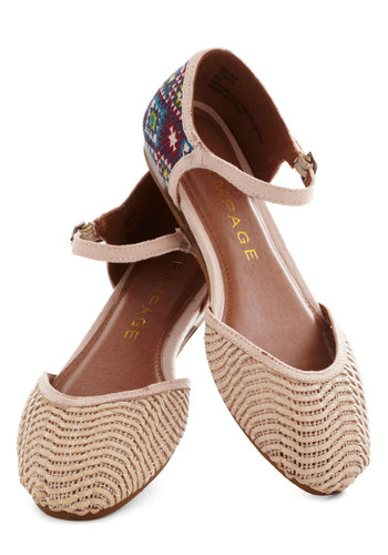 Big Sur Stop Flat in Tan - Cream, Multi, Print, Woven, Flat, Casual, Summer, Variation