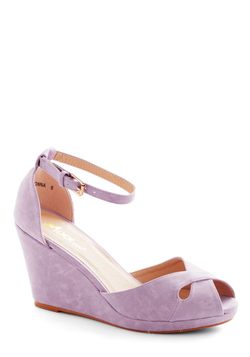 Pretty Possibilities Wedge in Lilac