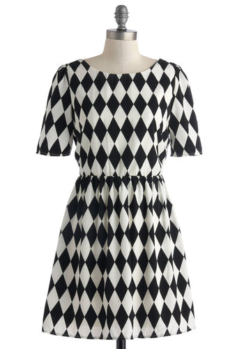 Live and Let Diamond Dress - Short, Black, White, Print, Casual, A-line, Short Sleeves, Scoop, Checkered / Gingham, Party