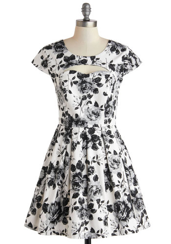 Portraiture Studio Dress - Cotton, Short, Black, Floral, Cutout, Pleats, Party, A-line, Cap Sleeves, Scoop, White, Wedding, Vintage Inspired, Spring, Summer
