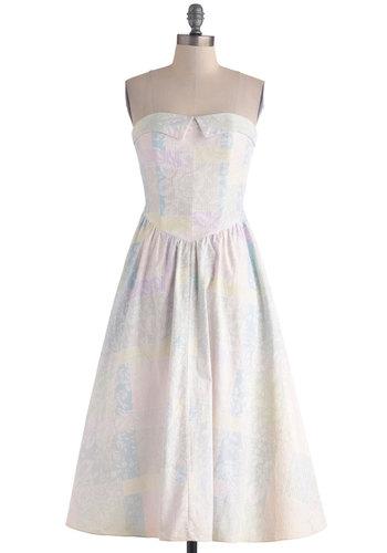 Vintage To a Subtlety Dress