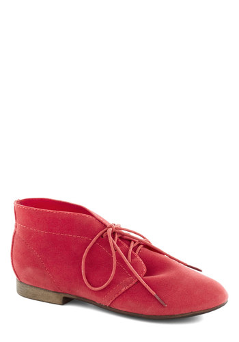 Powerful Pose Bootie in Apple - Red, Solid, Menswear Inspired, Lace Up, Low, Casual, Variation, Basic, Fall