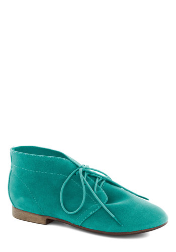 Powerful Pose Bootie in Spearmint - Solid, Menswear Inspired, Lace Up, Low, Green, Casual, Mint, Basic, Fall