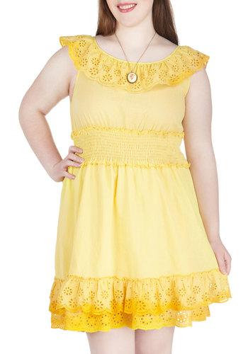 Fresh Lemonade Stand Dress in Plus Size