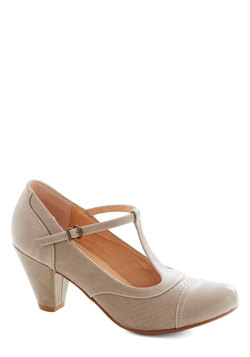 Just Like Honey Heel in Grey