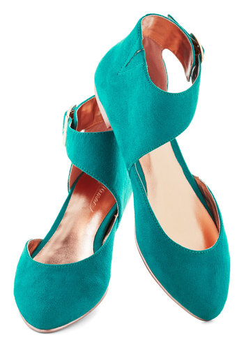 Feeling Pine Flat in Evergreen - Blue, Solid, Flat, Faux Leather, Casual, Spring, Summer, Variation